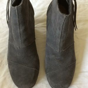 Toms desert wedge high shoes